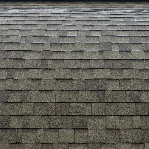 dimensional grey shingle roof